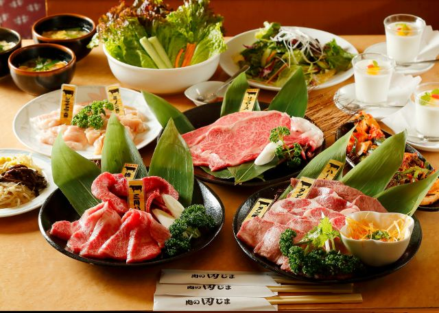 肉のコース料理